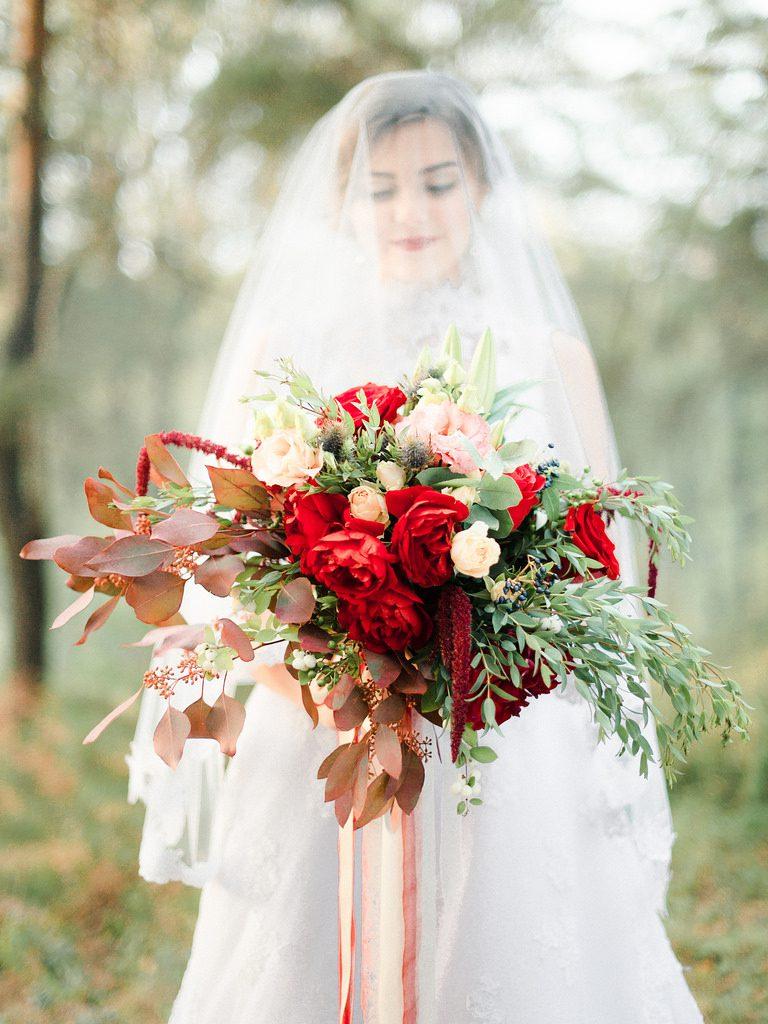 انتخاب مدل دسته گل عروس متناسب با فصل