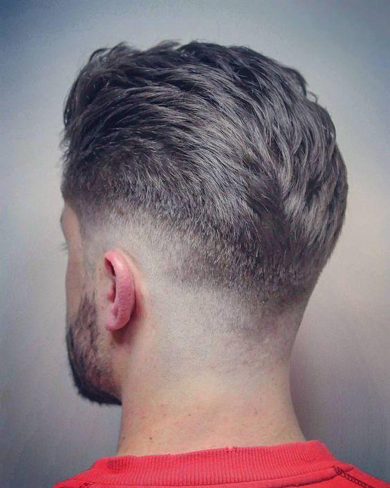 اگر دارای صورتی با فرم بیضی هستید میتوانید انواع مختلف مو را انتخاب کنید.