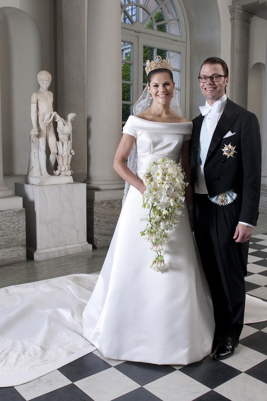 پرنسس ویکتوریا فرزند ملکه سوئد که با مربی بدنساز خود در سال 2010 ازدواج کرد.