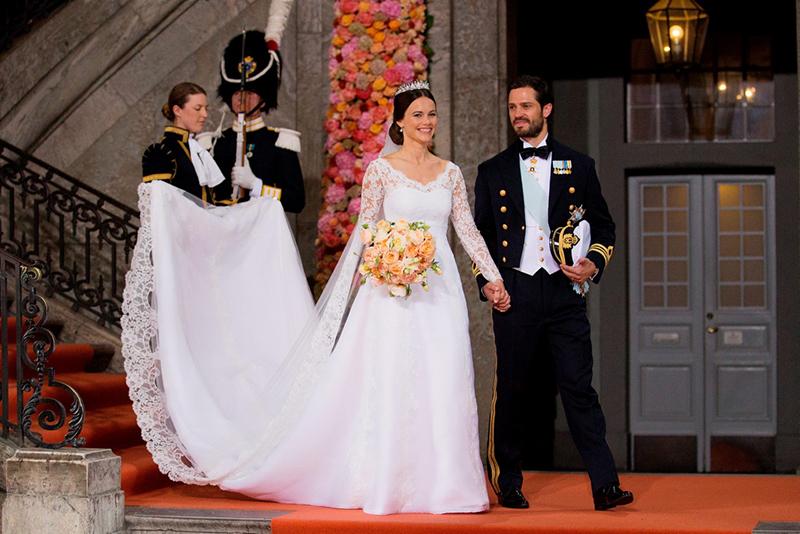 ازدواج سوفیا هلکویست با شاهزاده 36 ساله سوئدی به نام کارل فیلیپ، که اخیراً در کاخ سلطنتی استکهلم صورت گرفت، بار دیگر پرنس ها و پرنسس های جهان را به دور هم گردآورد