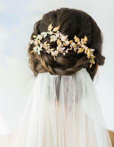 تاج عروس برای پشت مو