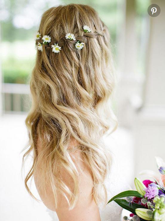 بافت مو به همراه گلهای مروارید