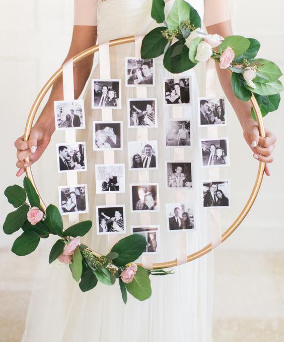 در روز نامزدی حلقه ای تهیه کنید و عاشقانه هایی را بر روی آن برای یکدیگر بنویسید