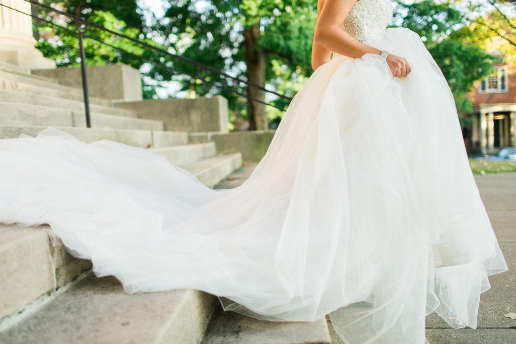 خرید لباس عروسی