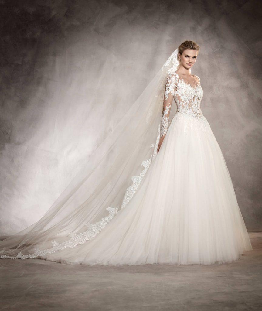 لباس عروس پفی تور و دانتل