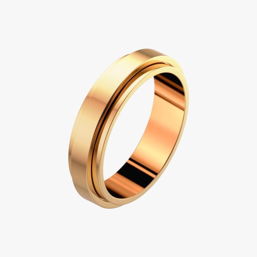 پیاژه تنها بر روی کار با سنگها اکتفا نکرده و مدلهایی از طلا و جواهر بدون حضور سنگهای گرانقیمت را نیز ارائه کرده است