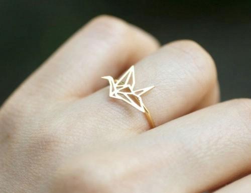 حلقه عروسی با طرح هندسی