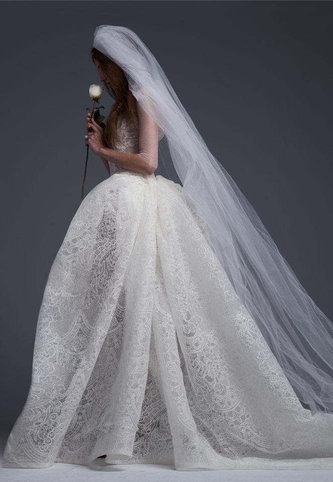 لباس عروس طراحی شده توسط ورا ونگ