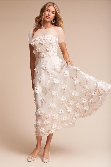 لباس عروس کوتاه با گلهای برجسته