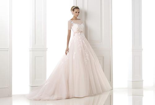مدل لباس عروس A-Line مناسب شانه های پهن