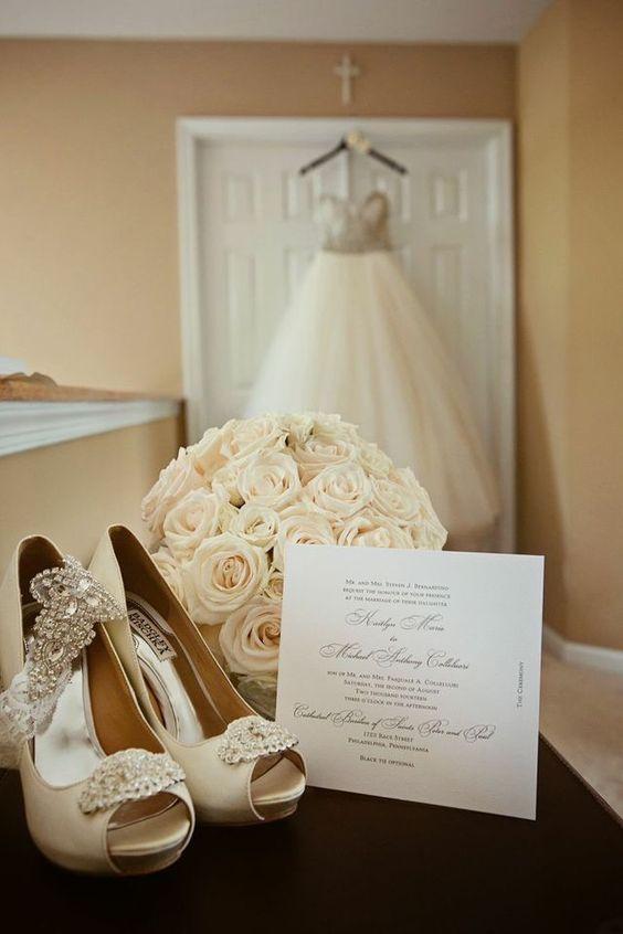 حلقه و طلا و جواهر عروسی به نوعی سرمایه گذاری نیز محسوب می شود