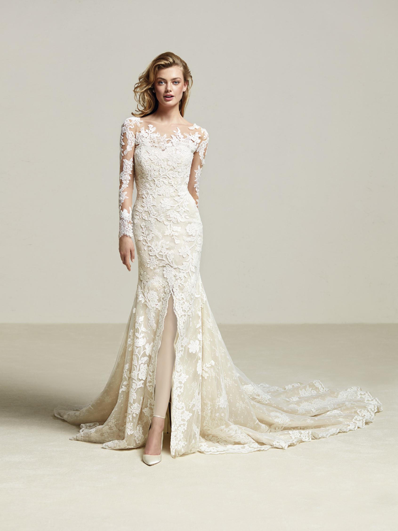 لباس عروس برند پرونوویاس