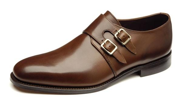 کفش Monk مناسب افرادی است که پاهایی پهن دارند