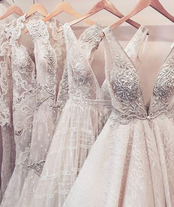 نکاتی ضروری در خرید لباس عروس