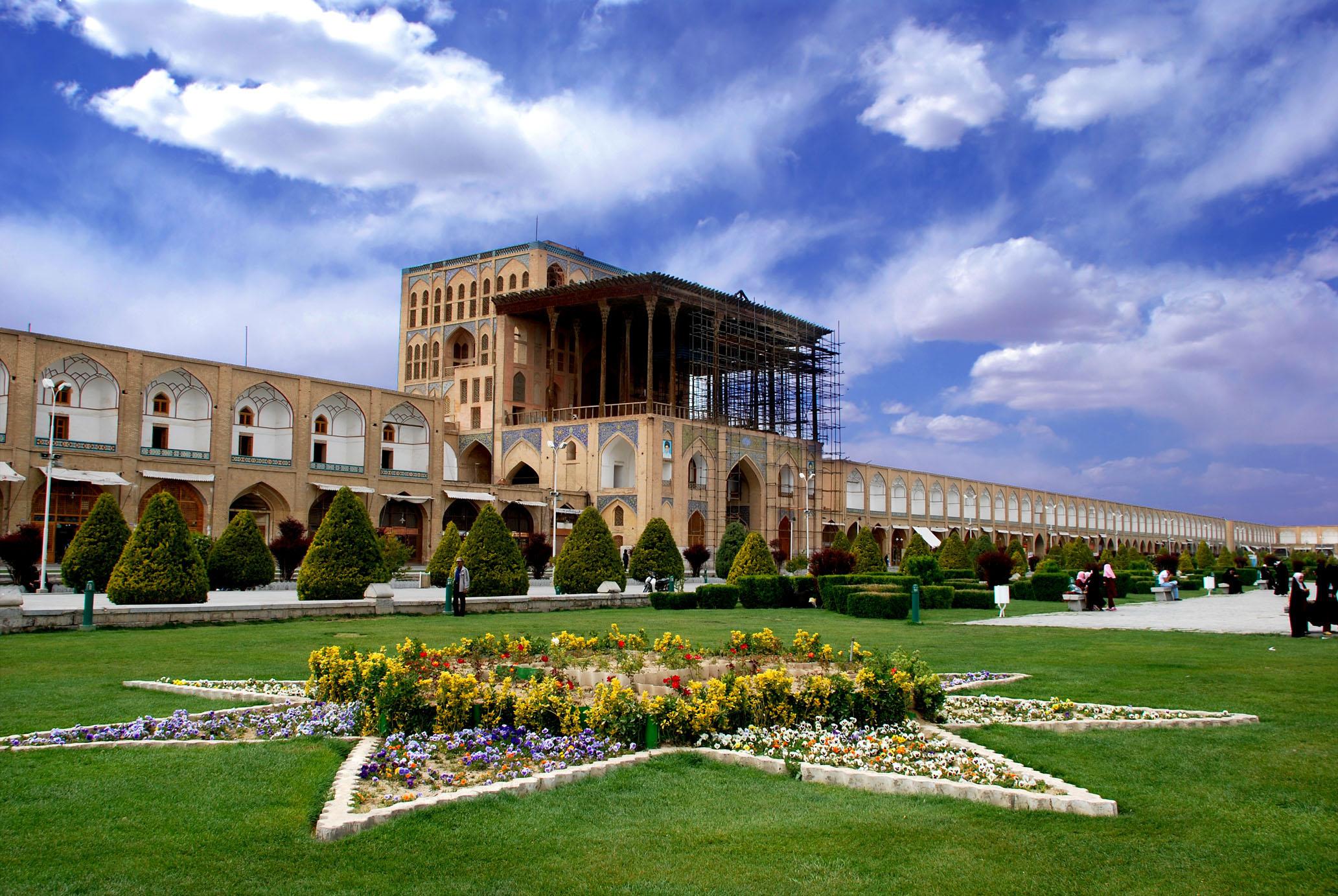 اینکه اصفهان می تواند مقصد یک ماه عسل عالی باشد دیگر جای تعریف و تمجید ندارد.