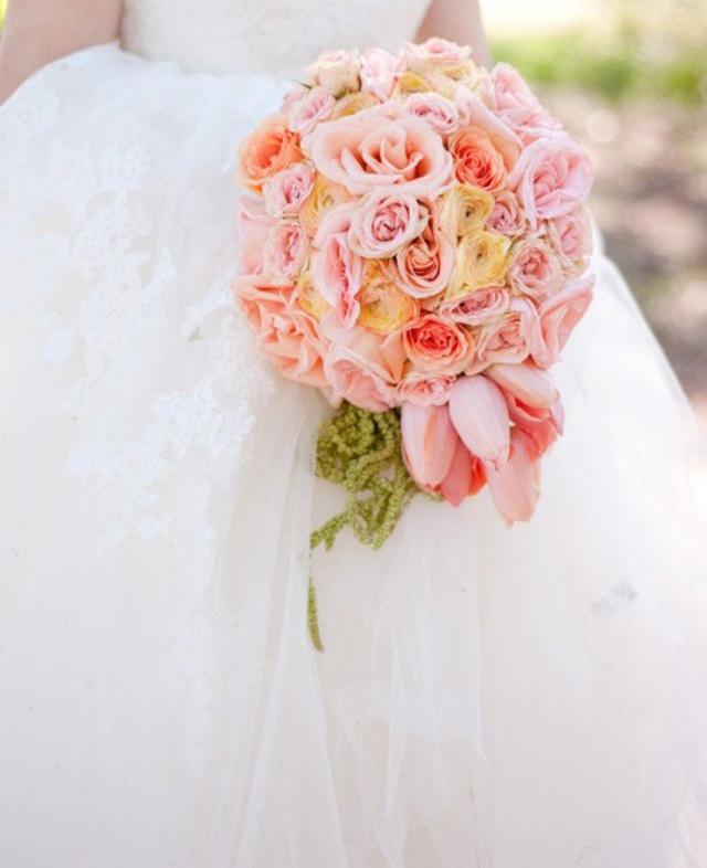 دسته گل گرد عروس