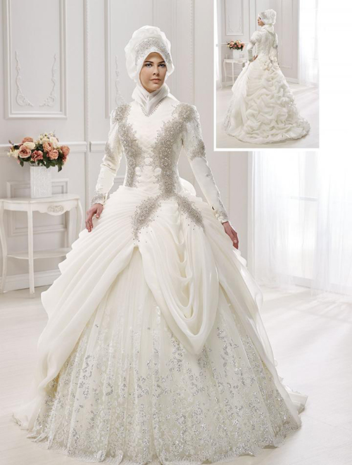 برند Yeşim یکی از برندهایی است که در سال های اخیر در حوزۀ طراحی، تولید و عرضۀ لباس های عروس پوشیده برای خانم های باحجاب فعال است.