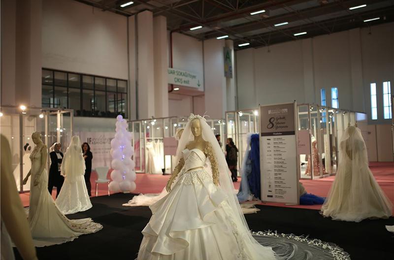 ترک ها در تولید لباس عروس در حال تبدیل به برندهای بزرگ جهانی هستند.