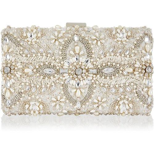 برای اینکه عروس جذاب تری باشید می توانید کیف مستطیلی انتخاب کنید
