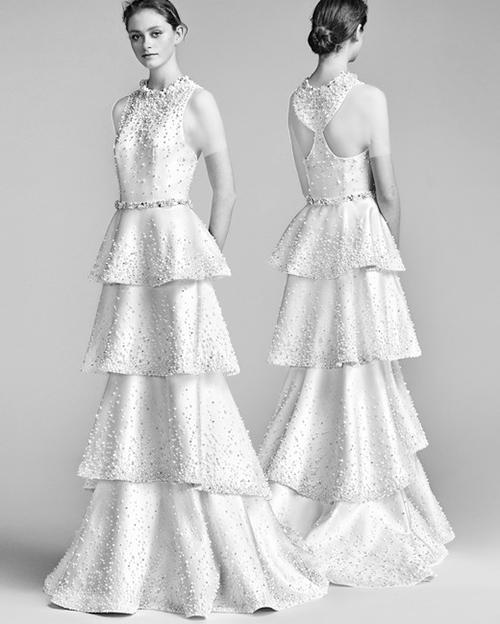 لباس عروس چین دار با تزئیناتی از مروارید