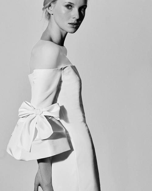 مدل لباس عروس با آستین پاپیون